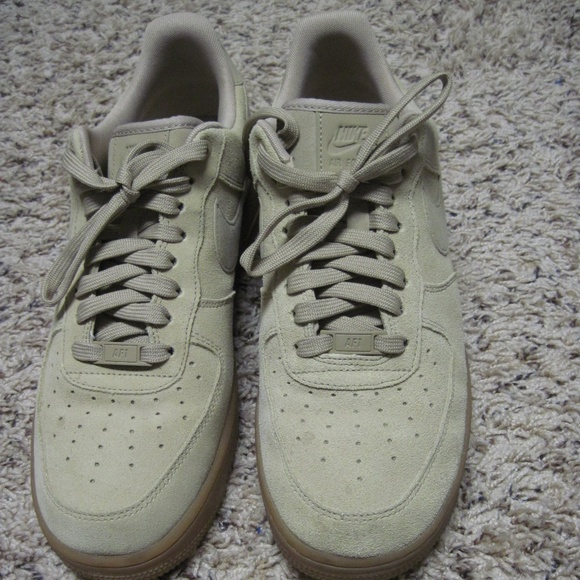 Air Force 1 Low 07 LV8 Suede Mushroom Size 9.5